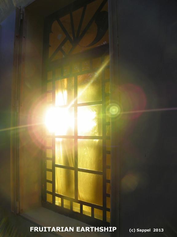 [Image: fruitarian-light.jpg]
